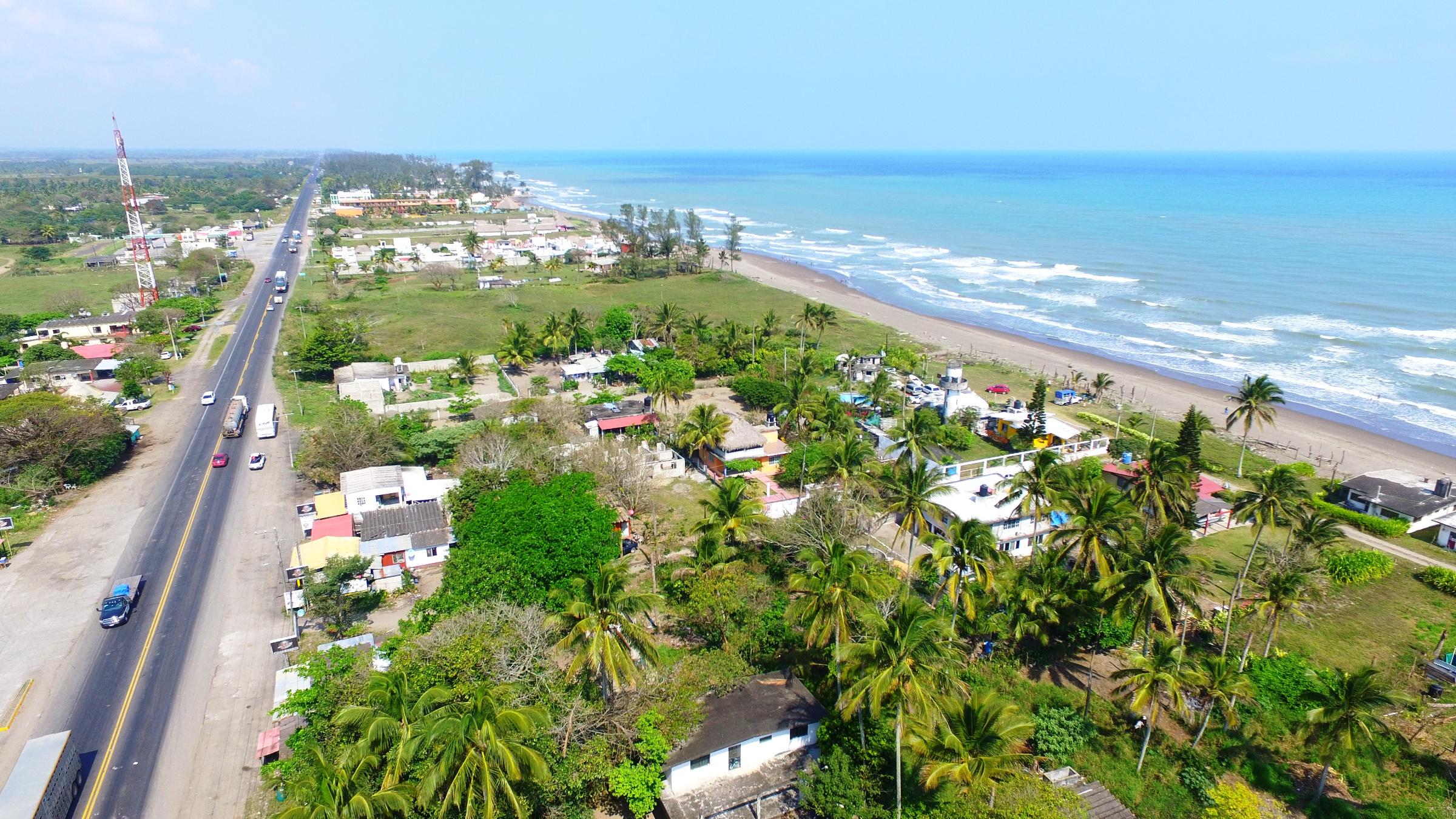 Las costas de Veracruz pierden hasta 100 metros de playa