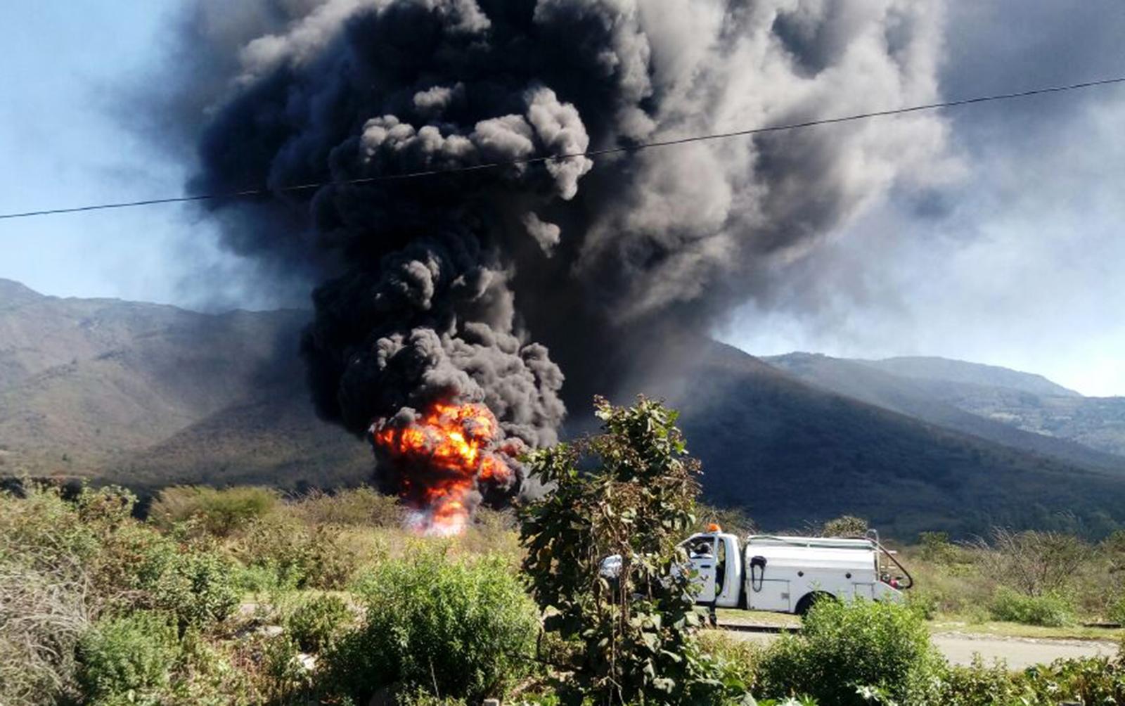 Resultado de imagen para explosion de PEMEX ocurrida el 5 de junio de 2003 en Balastrera