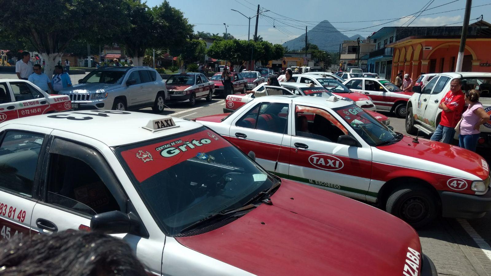 Taxistas de Orizaba exigen frenar ola de asaltos y agresiones
