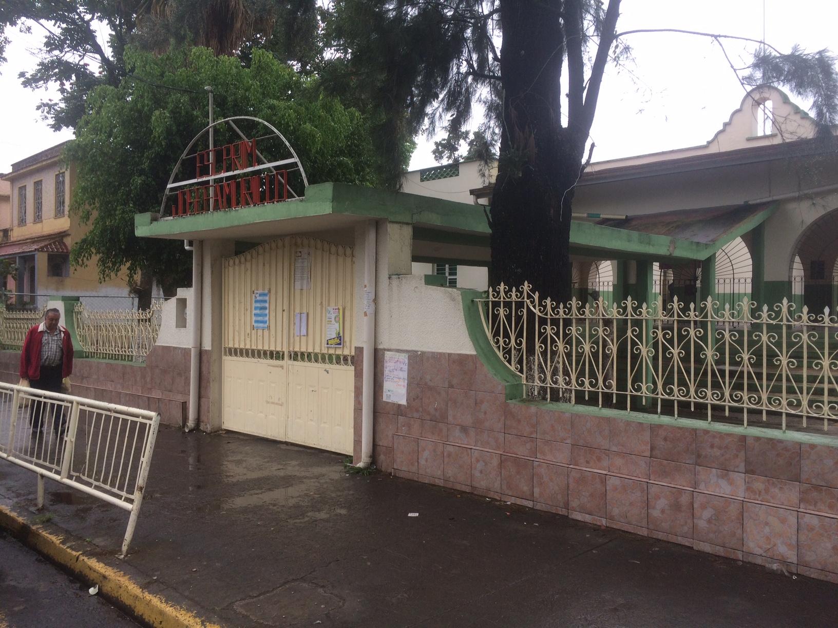 Reportan robo en escuela primaria de Xalapa durante periodo vacacional