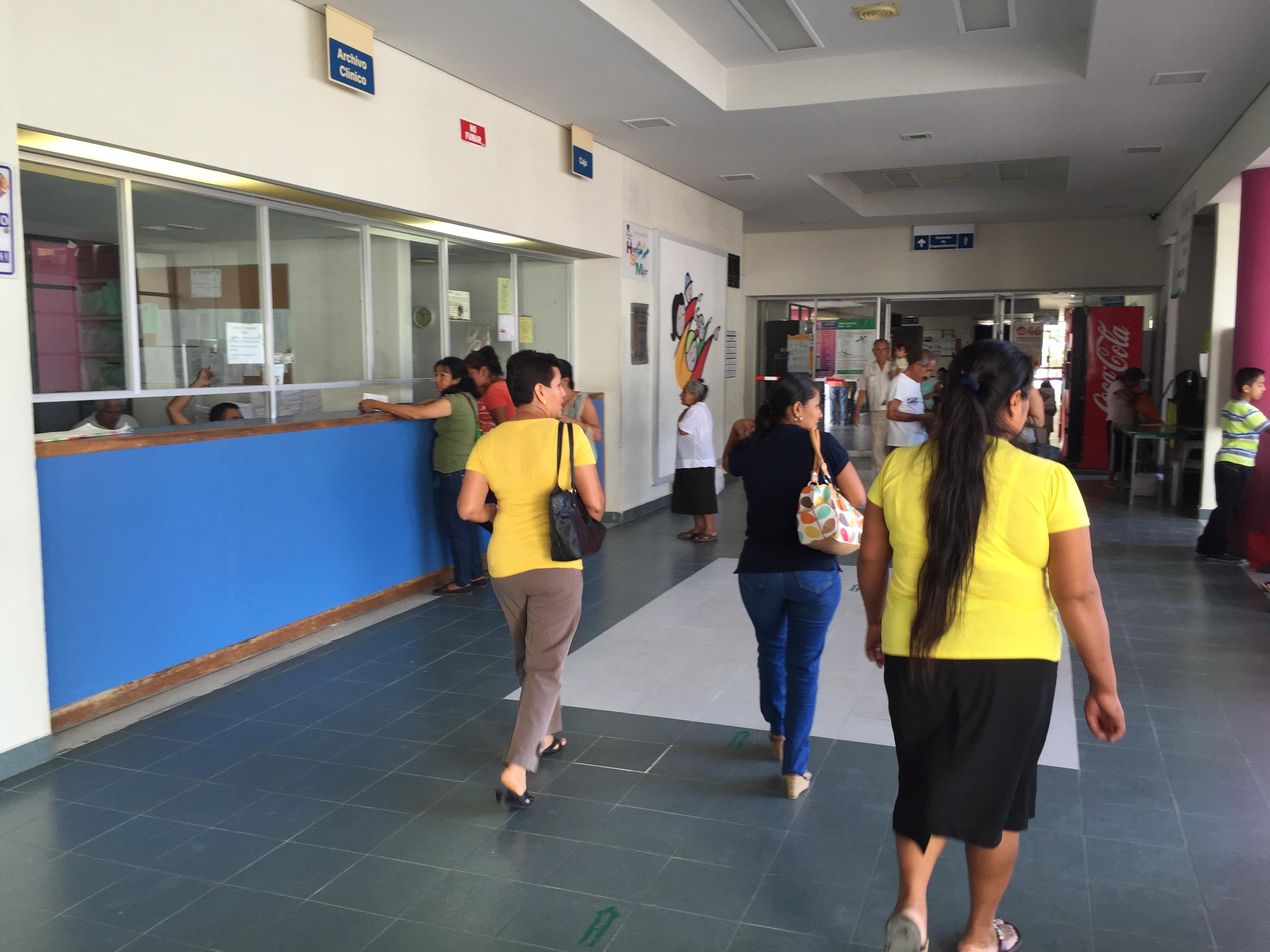 Hospital de Poza Rica carece de personal para atender a un millón de personas