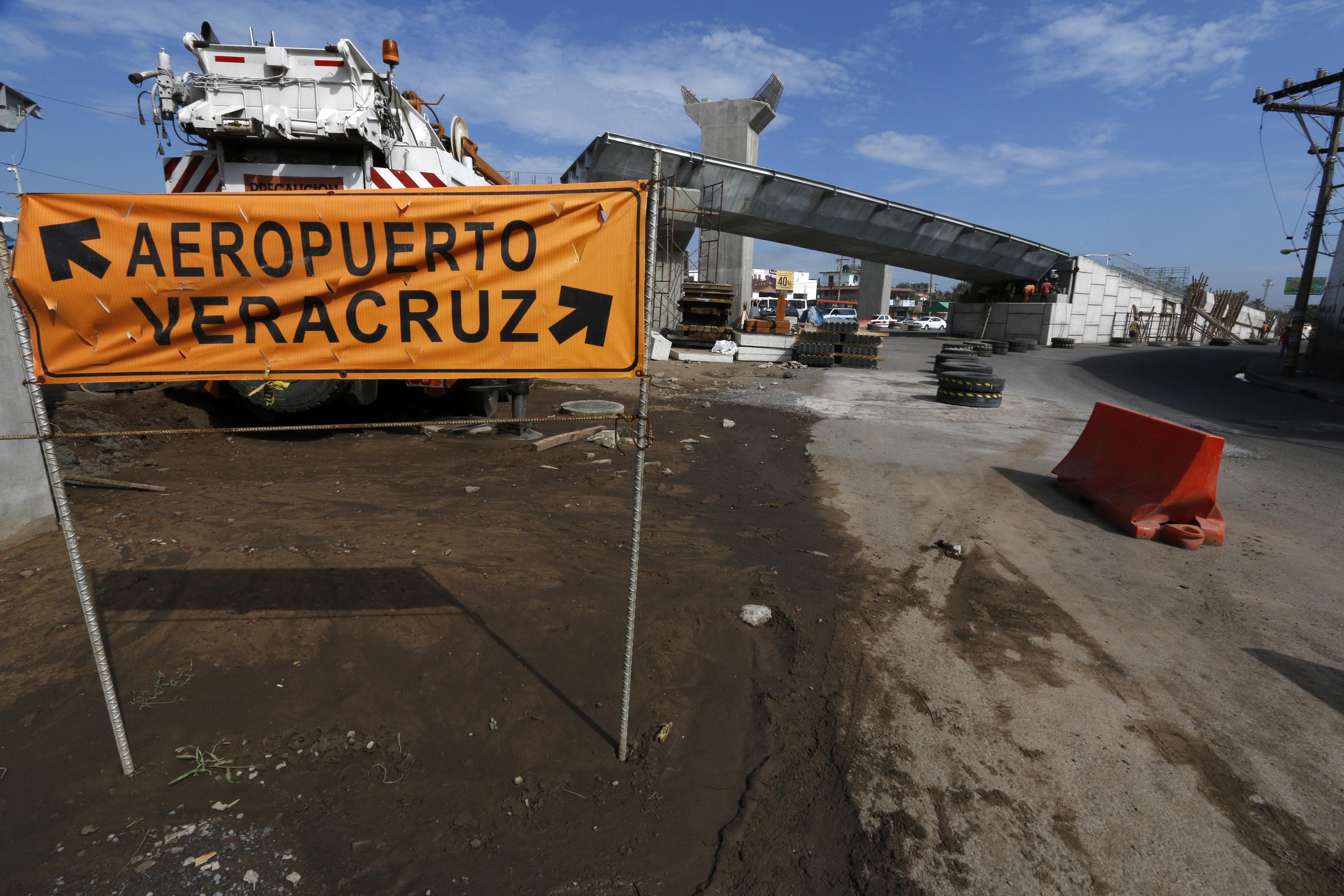 Gobierno de Veracruz no ha realizado obra pública en Veracruz-Boca en un año