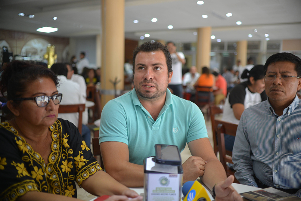 MMPV y CNTE convocan a paro nacional de labores