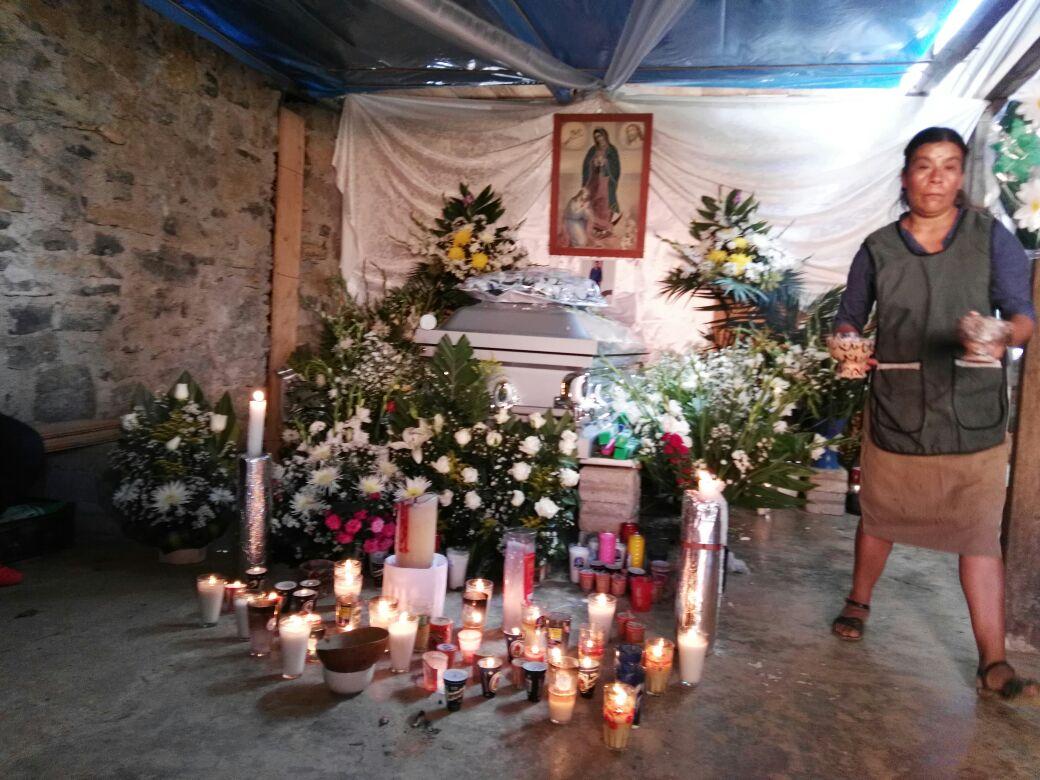 Sepultan en Zongolica restos de migrante asesinado en EU
