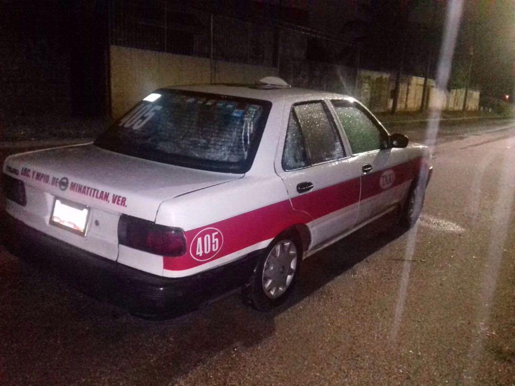 Taxista cae con gasolina supuestamente robada en Minatitlán