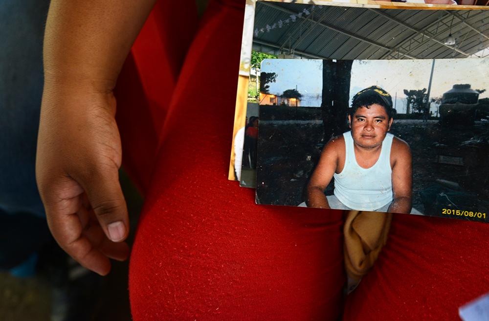 Familia sigue en espera del cuerpo de migrante fallecido en Texas