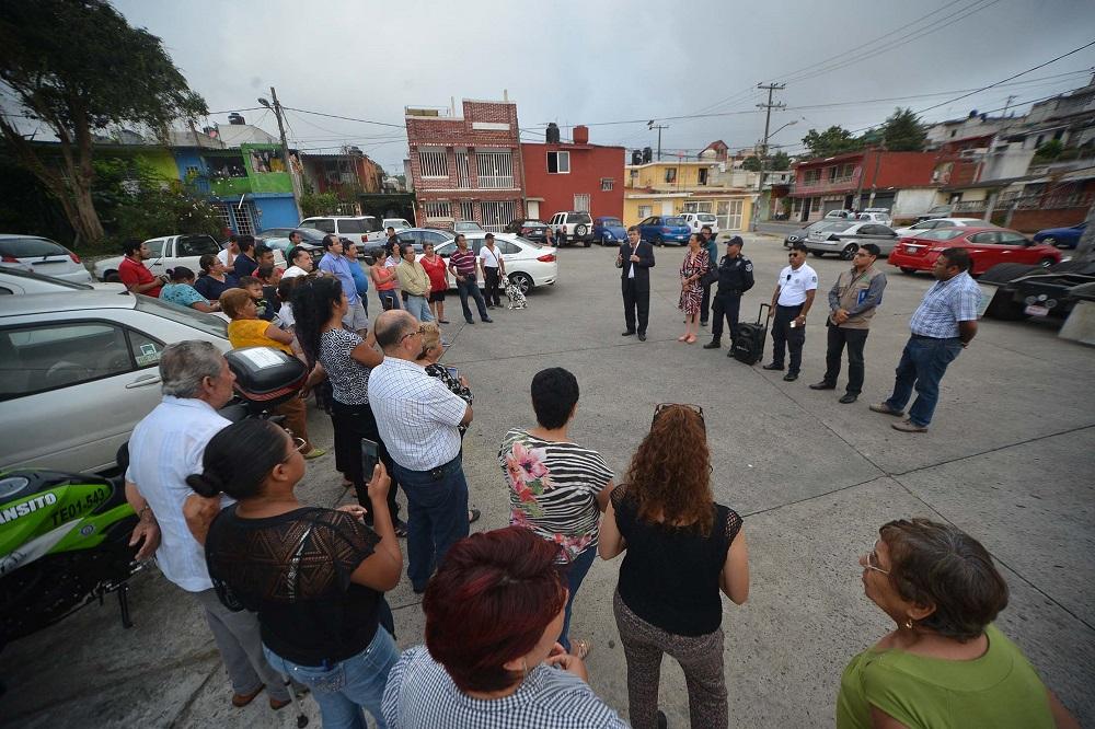 Ayuntamiento y vecinos de Unidad Sumidero se organizan para prevenir la delincuencia