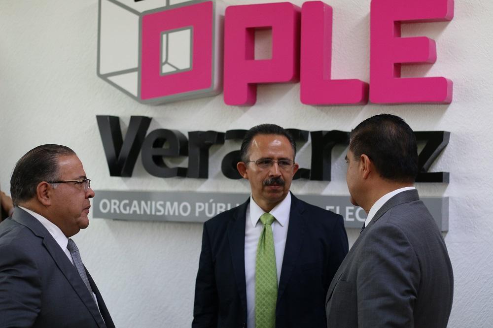 Consejeros nacionales del INE designarán al sustituto de Jorge Hernández