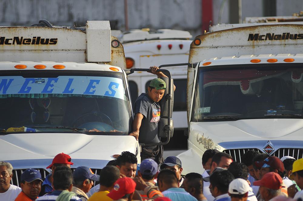 Contingencia ambiental en Coatzacoalcos por paro en Limpia Pública