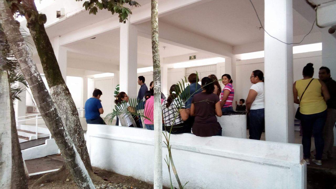 Le deben el aguinaldo a trabajadores del DIF Coatzacoalcos