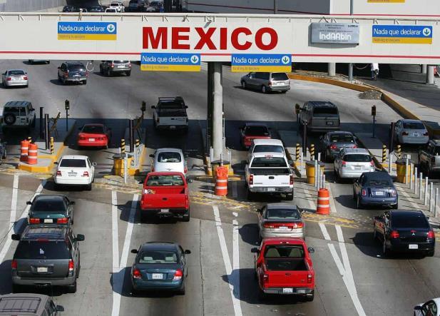 Se pierden hasta 170 mdd por retraso en frontera: Ebrard