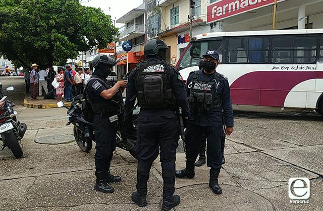 Urbano arrolla a adulto mayor en Coatzacoalcos