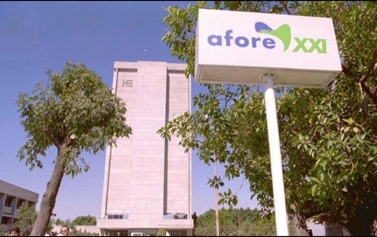 Gobierno de AMLO tendrá que revisar ajustes a las comisiones por Afores