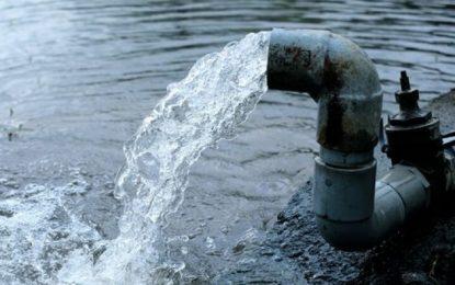 ¿Qué acusan quienes se oponen a los decretos del agua?