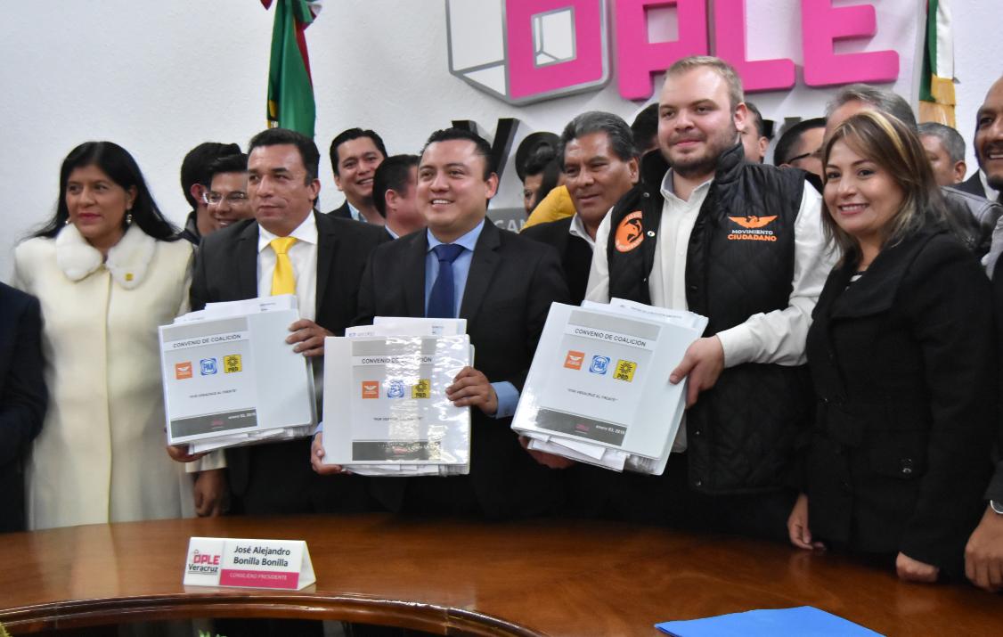 Coalición Por México al Frente postula a ex priistas en Veracruz