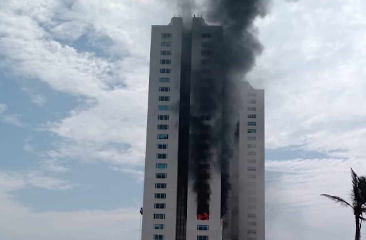 Alarma incendio en Torre JV de Boca del Río