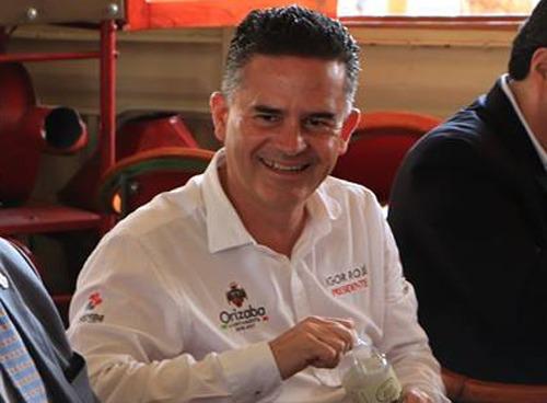 Morena va por la destitución del alcalde de Orizaba
