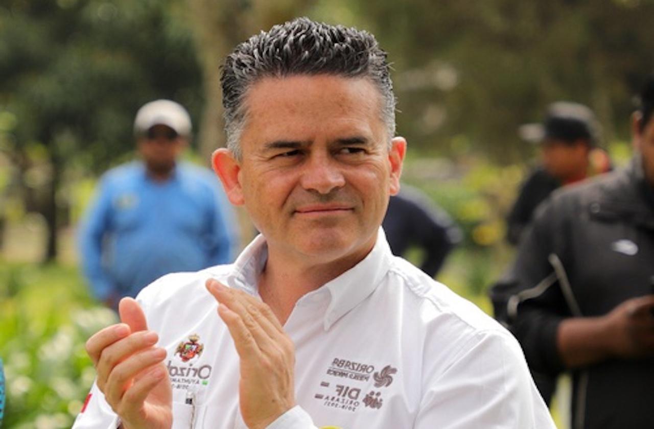 Denuncian a alcalde de Orizaba por prohibir publicidad de Morena