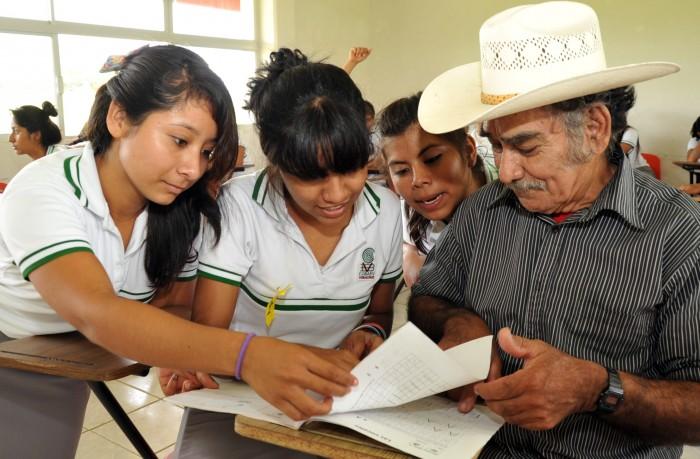 Veracruz entre los 10 primeros lugares en rezago educativo