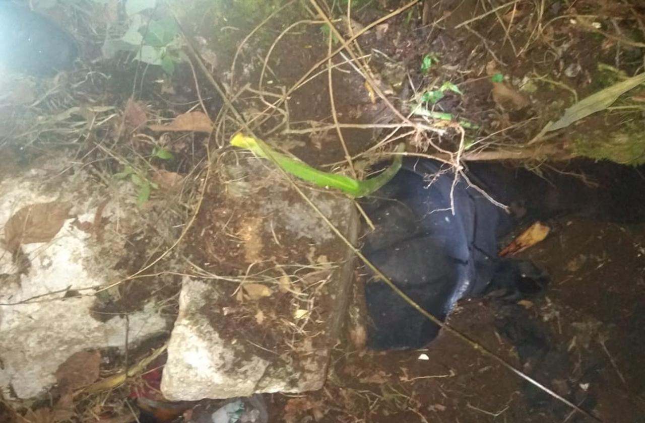 Exhuman cadáver de mujer en La Perla, permanece sin identificar
