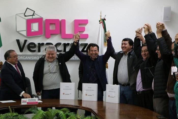 Coalición Morena-PT-PES presenta solicitud de registro ante el OPLE