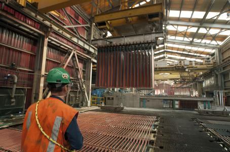 Ni la disminución de las tarifas eléctricas impidió 'fuga' de alta industria