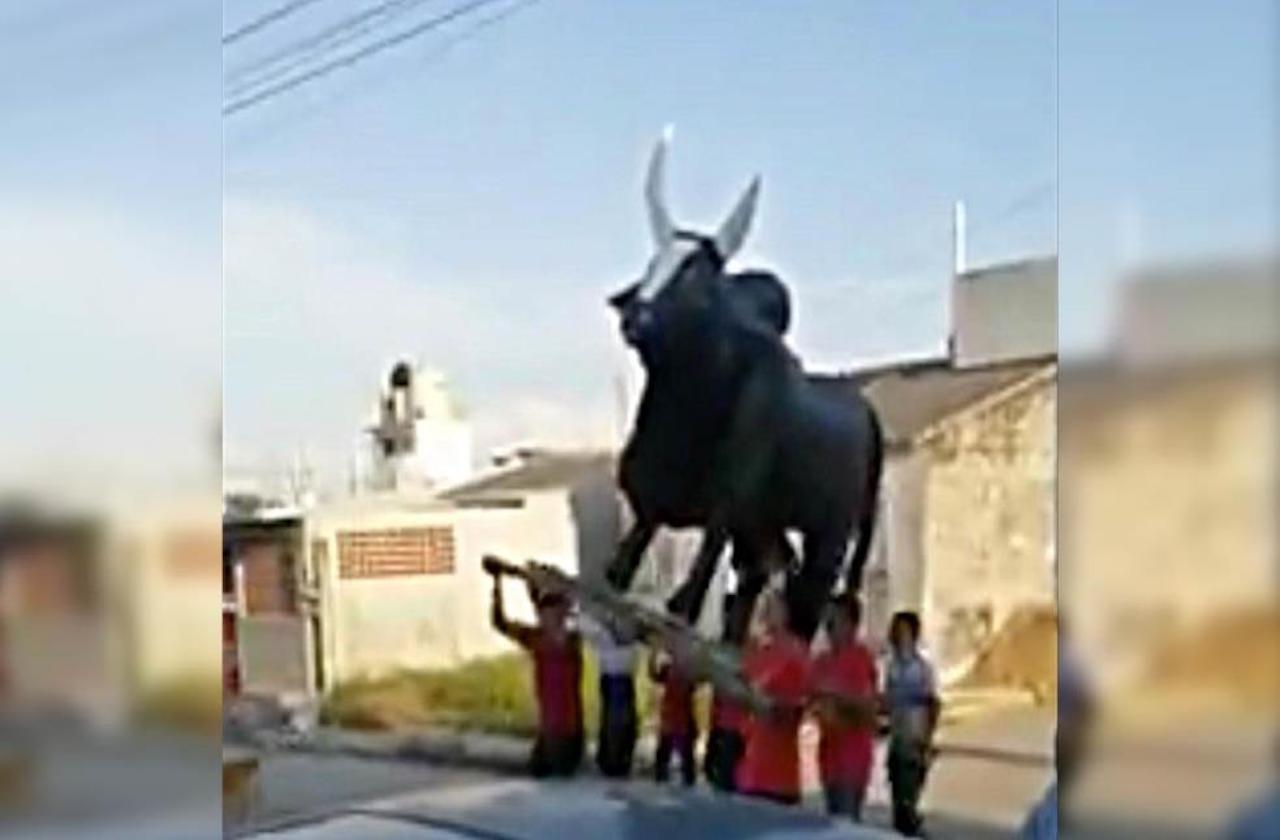 Alvaradeños celebran a la Virgen del Rosario pese a covid