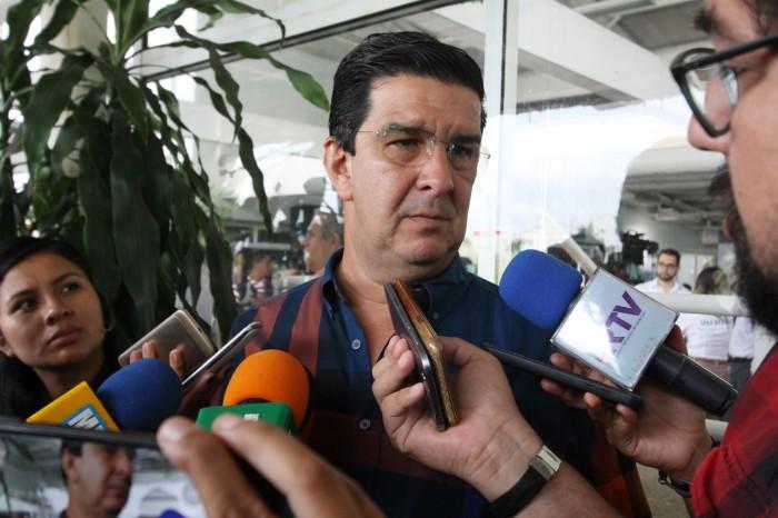 Acusan al alcalde de Alvarado de no permitir proceso de entrega-recepción