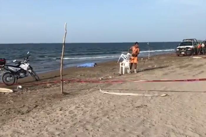 Muere ahogado turista polaco en playa de Alvarado