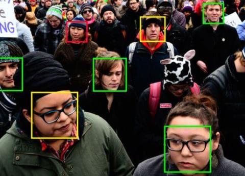 Trump compra a Amazon tecnología de reconomiento facial para deportar