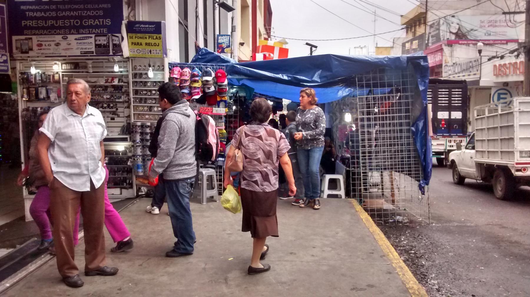Comercio sancionará a vendedores informales