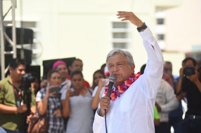 López Obrador arranca su gira 2017 en el norte de Veracruz