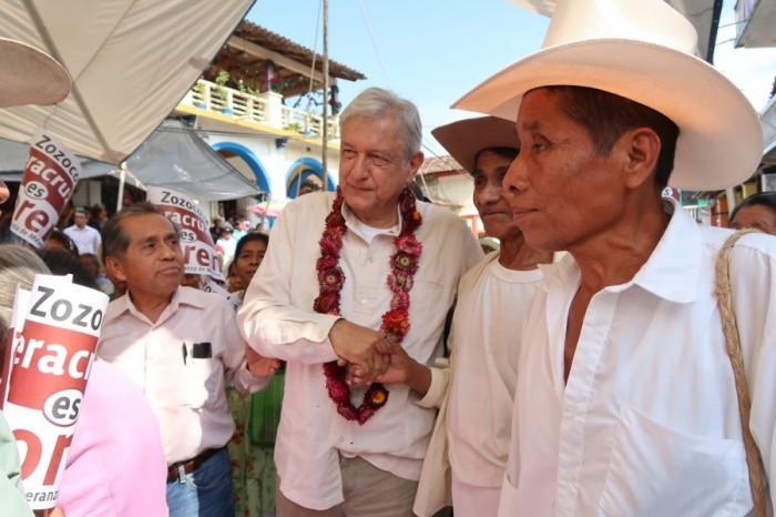 López Obrador ha recorrido 40 municipios de Veracruz en tres meses