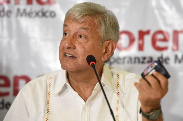 AMLO le pide a Peña Nieto que se serene, que no se caliente