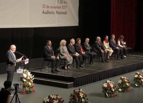 López Obrador presenta proyecto alternativo de nación rumbo a 2018