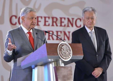 Felipe Calderón, y otros 8 exfuncionarios que AMLO señala como destructores de la CFE