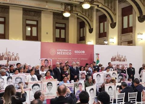Queda instalada la Comisión de la Verdad por el caso Ayotzinapa