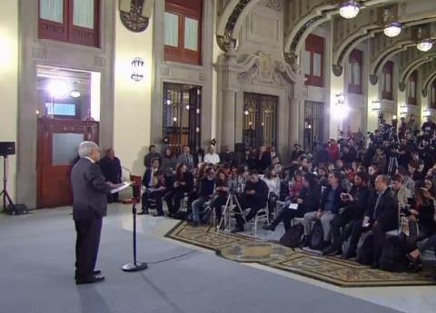 AMLO va por iniciativa que elimina el fuero del Presidente