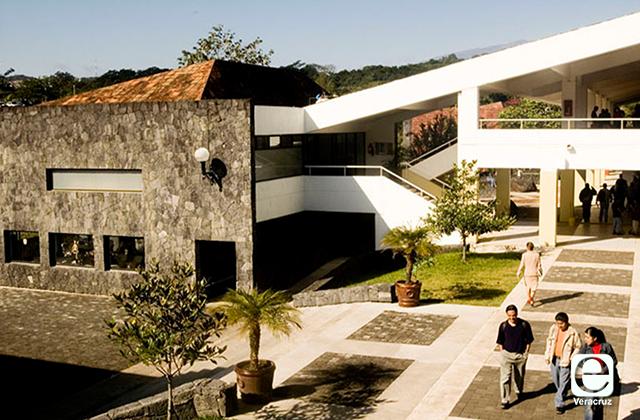 Universidad Anáhuac suspende clases presenciales por Coronavirus