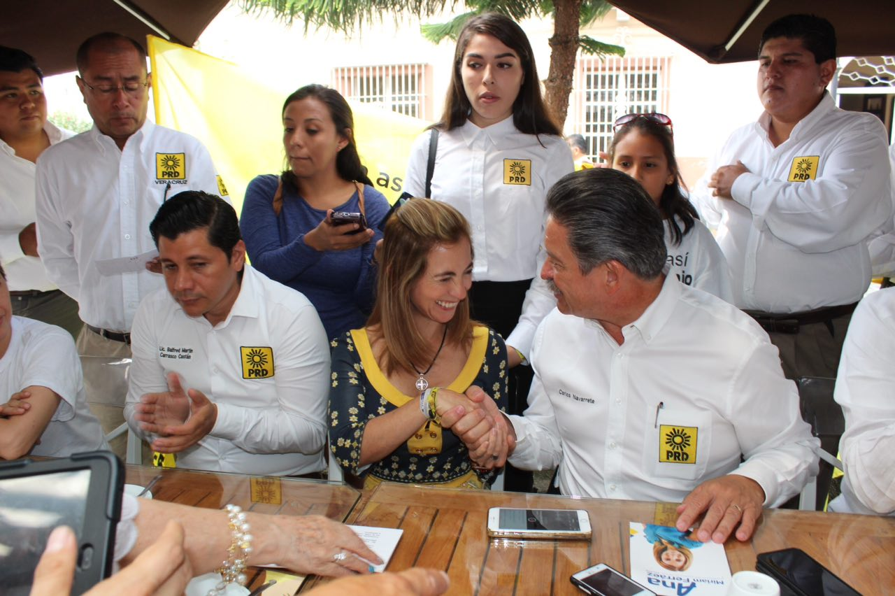 Carlos Navarrete respalda candidatura de Ana Mirian Ferráez