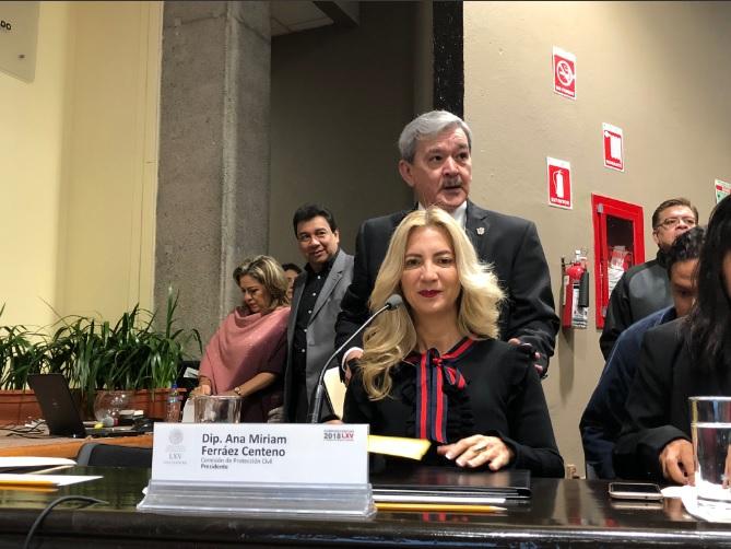 Diputada de Morena confunde a Fidel Castro con Hugo Chávez