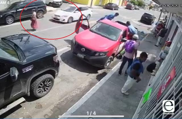 Arrollan a mujer mayor en Boca del Río; exigen justicia