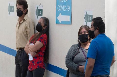 Ante tercera ola de covid y violencia, EU lanza alerta de viaje a México