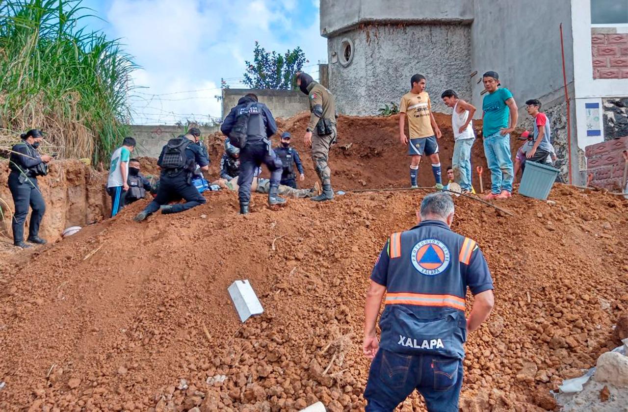 Antonio murió sepultado en Xalapa; la tierra se le vino encima