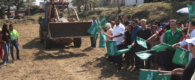 Convertirán área llena de maleza en Parque Infantil en la colonia Pensiones