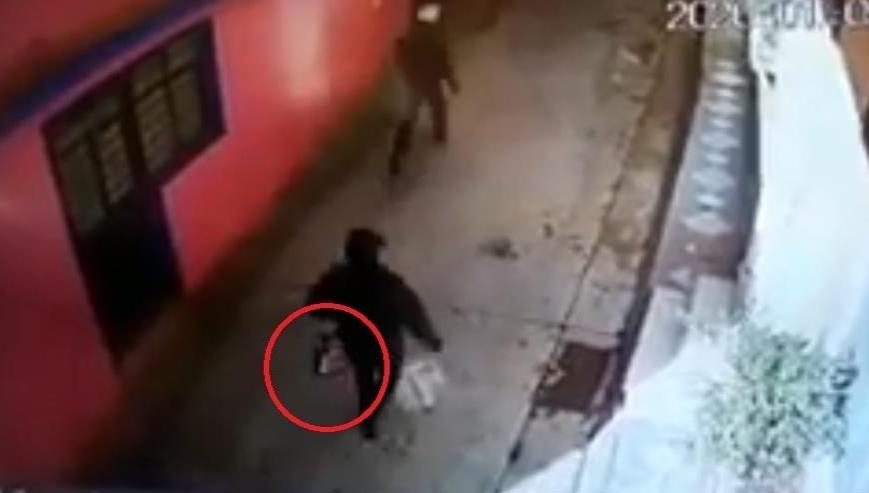 Mujer es víctima de asalto tras salir de banco, en Zongolica