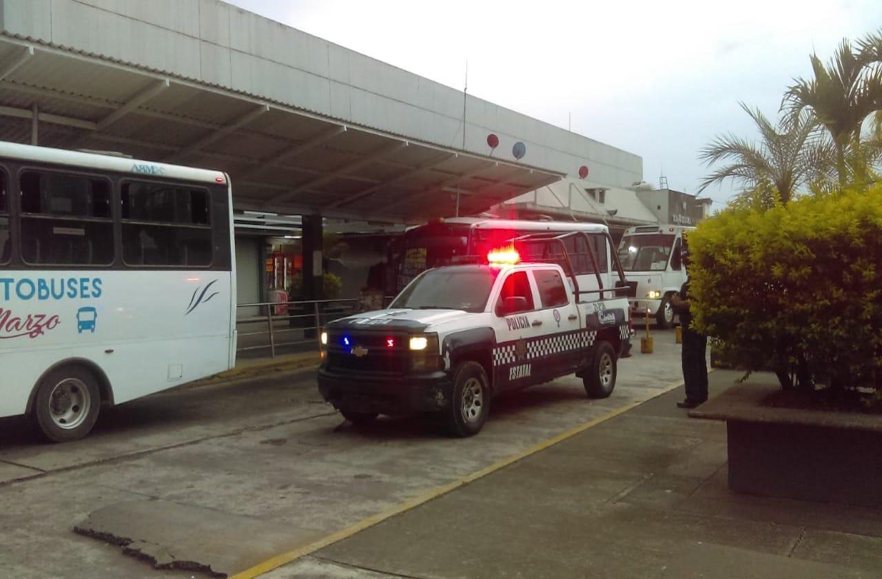 Asaltan a familia en terminal de autobuses de Córdoba