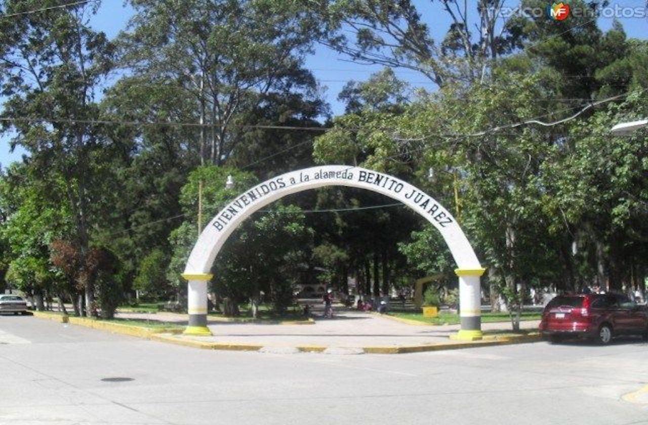 Asaltan a jóvenes en Alameda de Ciudad Mendoza