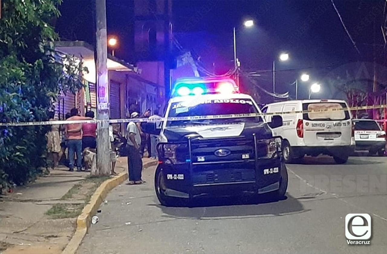 Imparable violencia en sur, asesinan a joven en Cosoleacaque