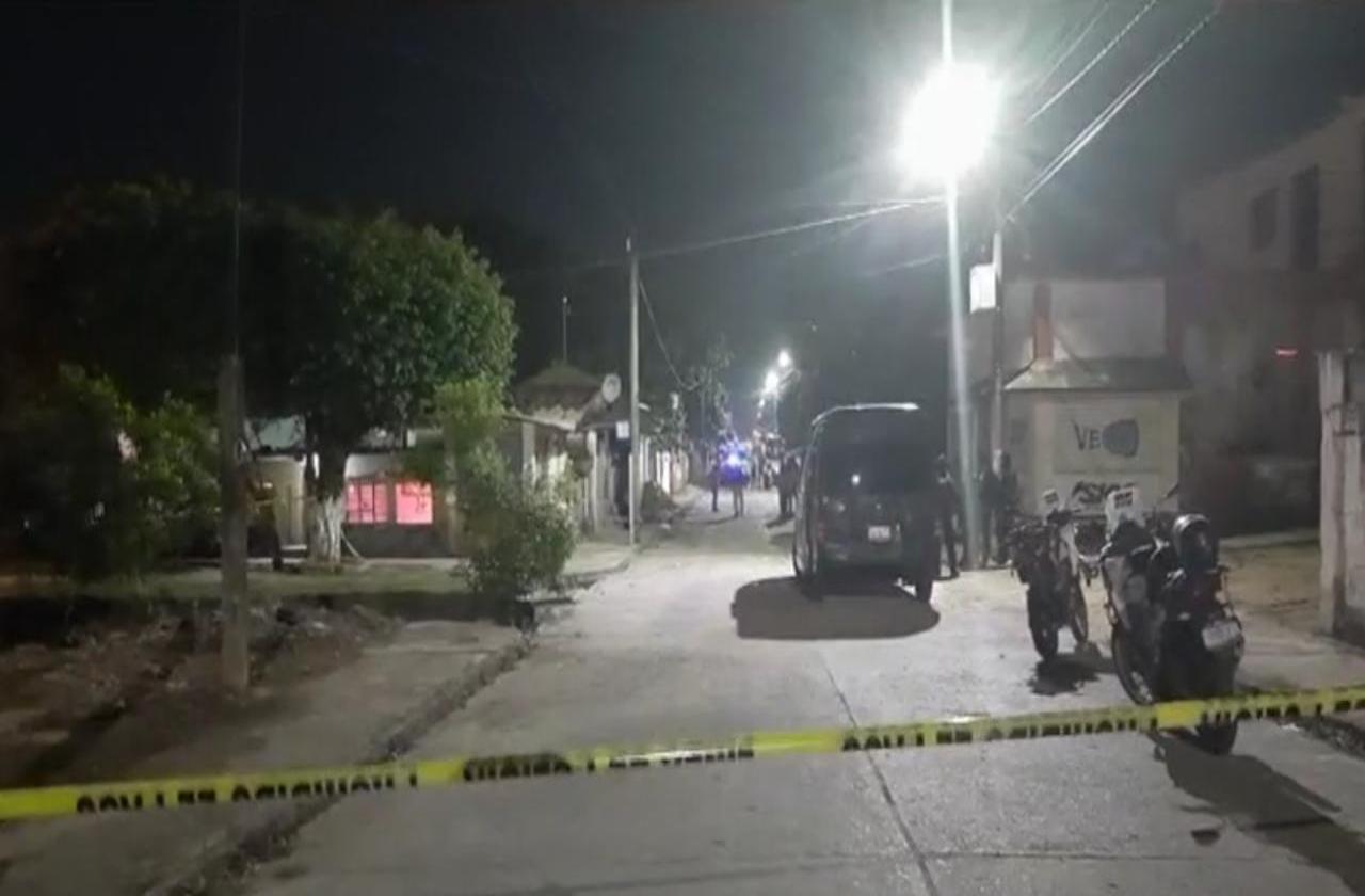 Asesinan a mujer al exterior de su domicilio, en Minatitlán